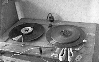 obr-2-magnetofon