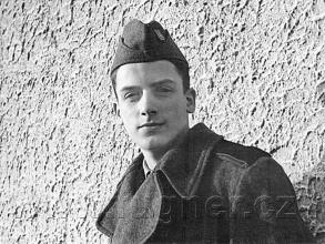Obr.4. Vánoce 1955 - Základní vojenská služba v Šahách..