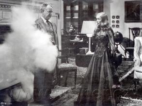 """Obr. 1. Obrázek zfilmu """"Krásná čarodějka"""""""