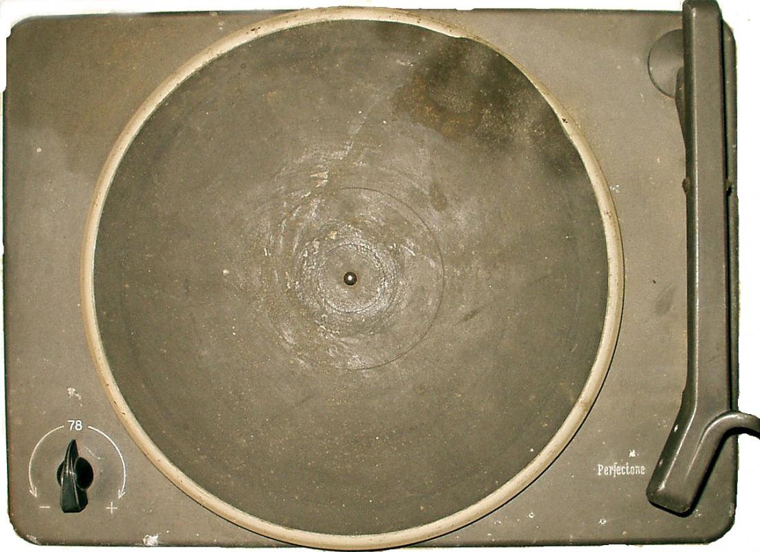 Obr. 13. Maminčin vzácný gramofon