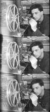 """Obr.11. Tři políčka z filmu """"LICÍ STROJ"""" , který můžete shlédnout na Fugnerfilmu. Dokumentárně je zachycelo lití magnetické stopy."""
