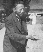 Obr. 02. Volyňsky dědeček.